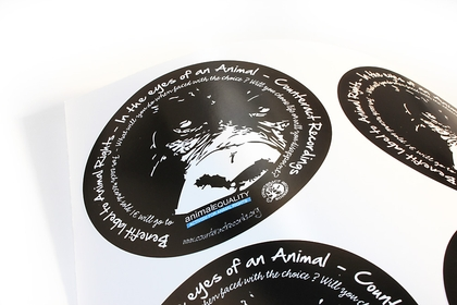 Circular gloss vinyl stickers